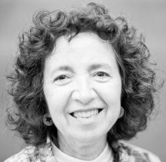 """Marilar Aleixandre, member of the RODA group, entered on the RAG with the discourse """"Voces termando da paisaxe"""""""